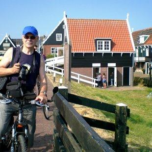 Markenas pussalā, Holandē