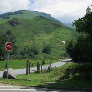 Mazpilsētiņā netālu no Urdos Pirenejos
