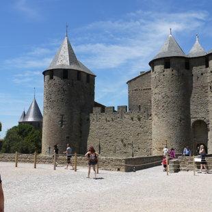 Karkasones pils, Francija