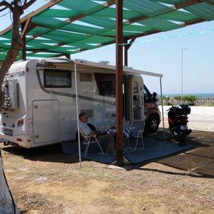 Grieķija, Krētas sala, Creta camping. Līdz jūrai 100m. Gaisa un ūdens temperatūra 32-34 gr